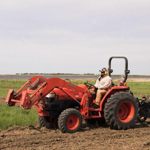 Mike Uchikura of ACA working the dirt at Rattlesnake